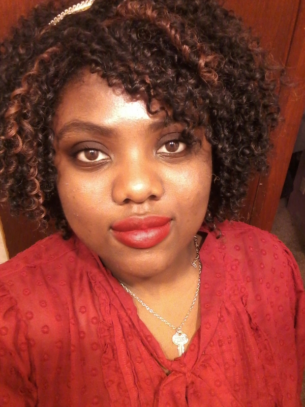 Mindy Kaling Glam Makeup Tutorial